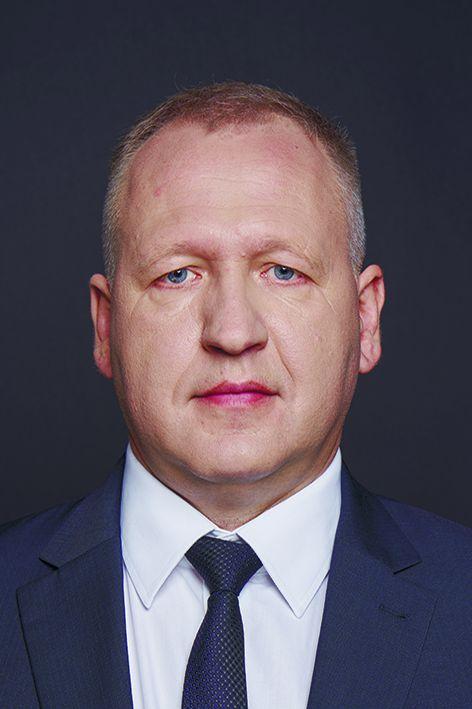 Sergejs Stoļarovs