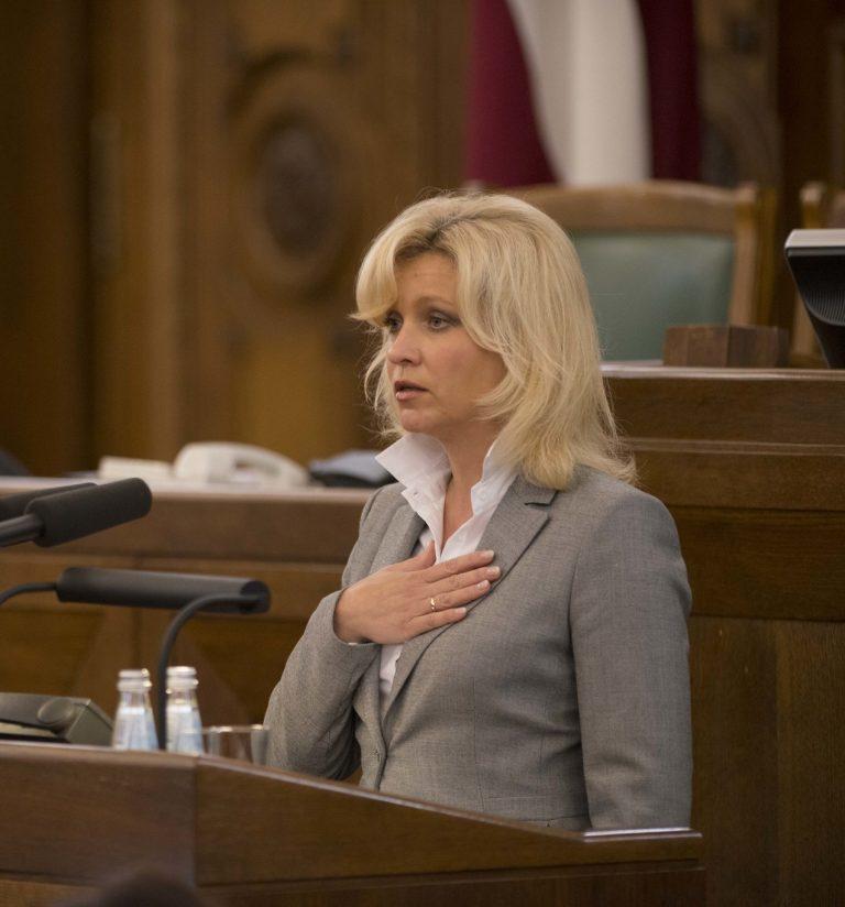 Передачам на русском языке должно быть гарантировано размещение в общественных масс-медиа