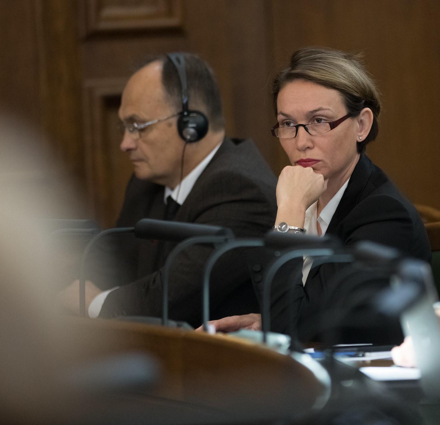 Любовь Швецова: в условиях кризиса парламент должен особо контролировать деятельность исполнительной власти