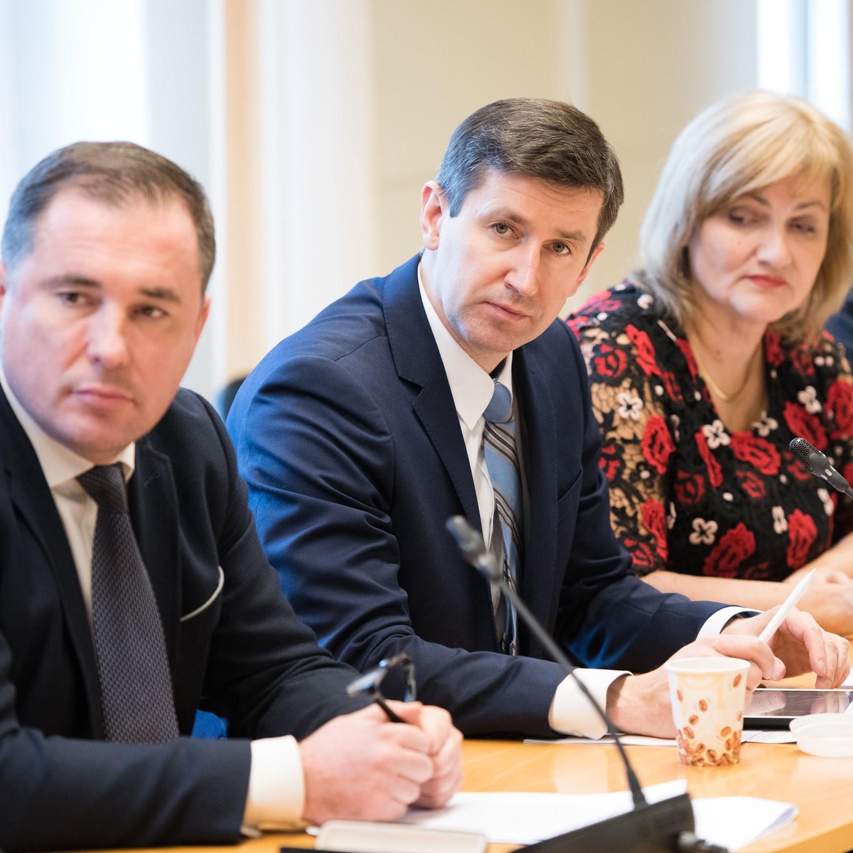 Vjačeslavs Dombrovskis: Par Nacionālo attīstības plānu. Pieņemt Nevar Noraidīt.