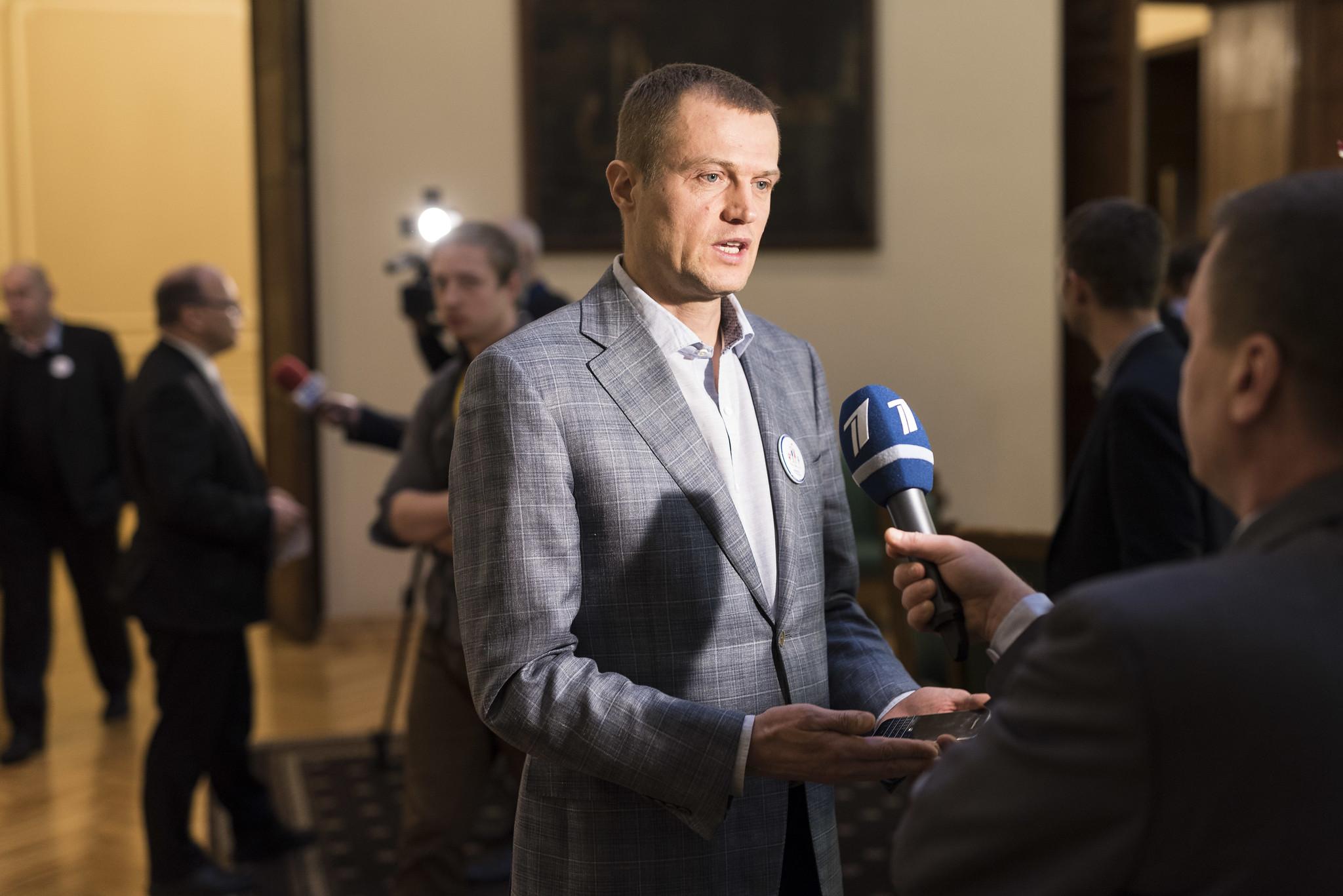 """Ivars Zariņš: Saeimā turpinās izmeklēt skandalozo SIA """"Titled"""" gandrīz miljons nederīgo respiratoru iepirkumu."""